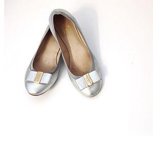 Kate Spade Silver Ballerina Flats Gold Bow Sz 8.5M